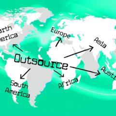 Outsource Freelance Contractor  - Jirehg / Pixabay